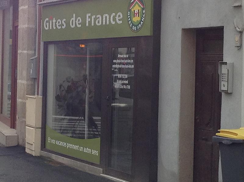 Installation porte et devanture magasin BPSC Océane