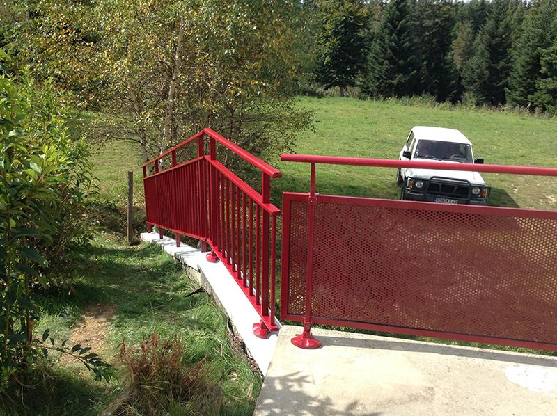 Création d'une barrière d'escalier sur mesure alu BPSC Océane