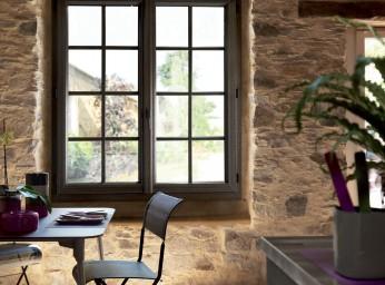 Fenêtre PVC gris avec petits bois BPSC Océane