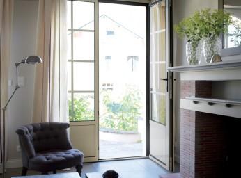 Porte-fenêtre menuiserie alu beige BPSC Océane