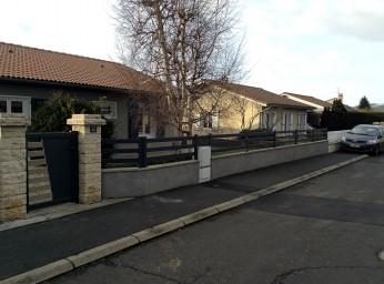 Porte et barrière de jardin