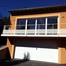 Garde corps de terrasse et porte de garage