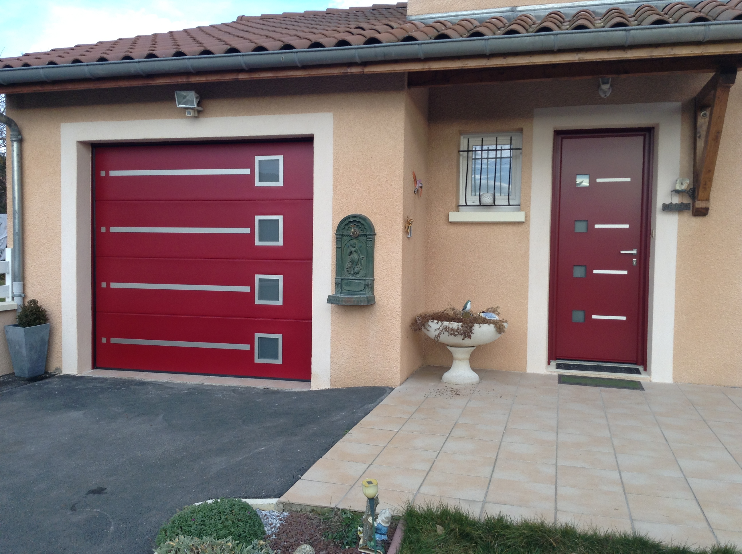 r alisation porte de garage et porte d 39 entr e assorties